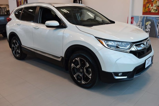 Pre-Owned 2018 Honda CR-V Touring / Panoramic roof / Blind spot monitors / Hands free tail