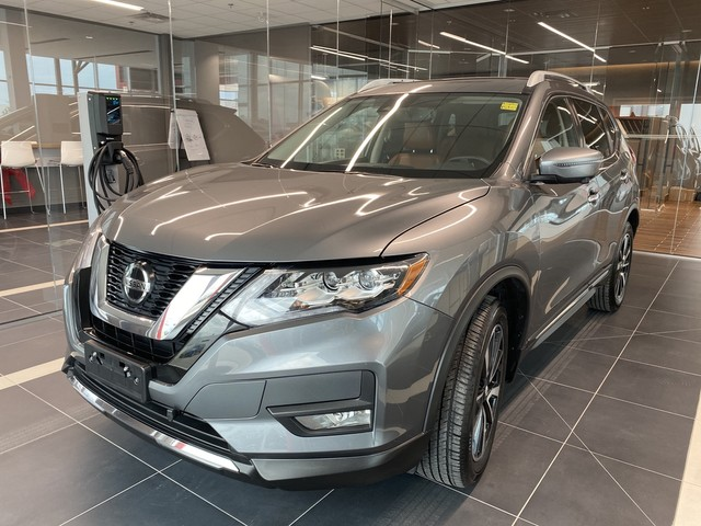 Pre-Owned 2018 Nissan Rogue SL AWD *One Owner/Local/No Accidents/Loaded Features!*